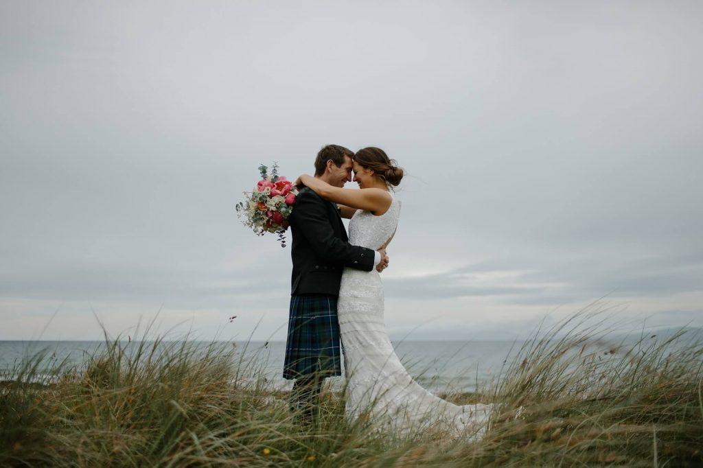 Éloignez-vous de la frénésie du mariage