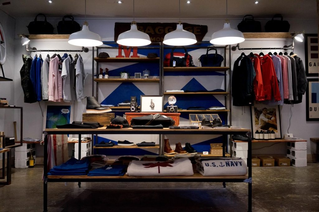 L'intérieur du magasin